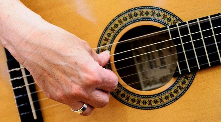 5 Zupfmuster für die Liedbegleitung